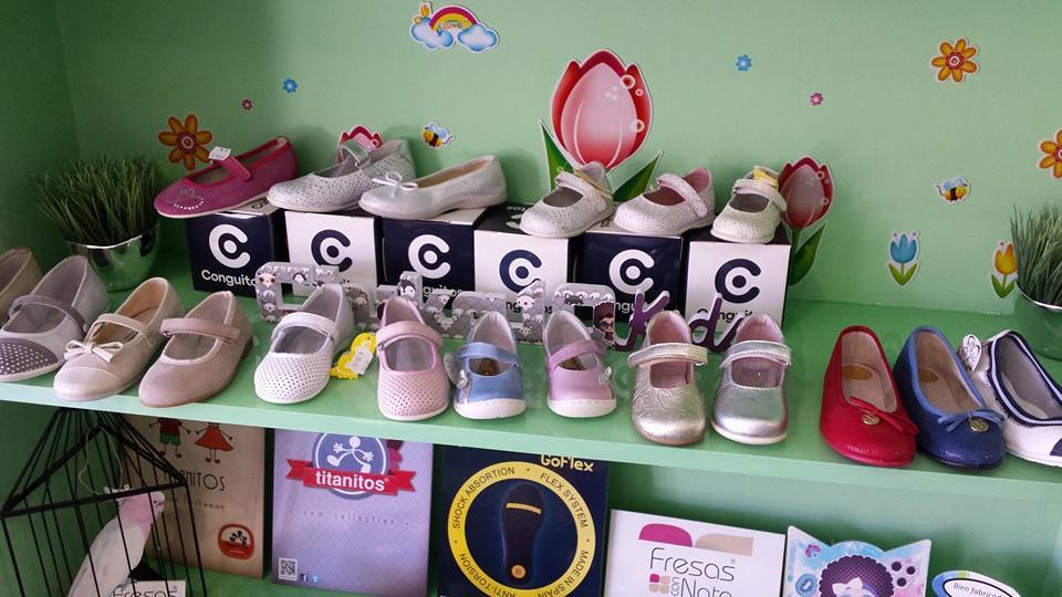 Dalila zapater a infantil sant feliu de guixols guia33 for Zapateria infantil