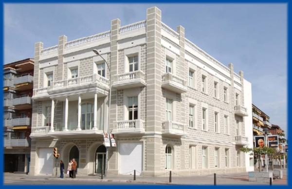 Mediterrania iv residencial guia33 - Casas sant feliu de llobregat ...