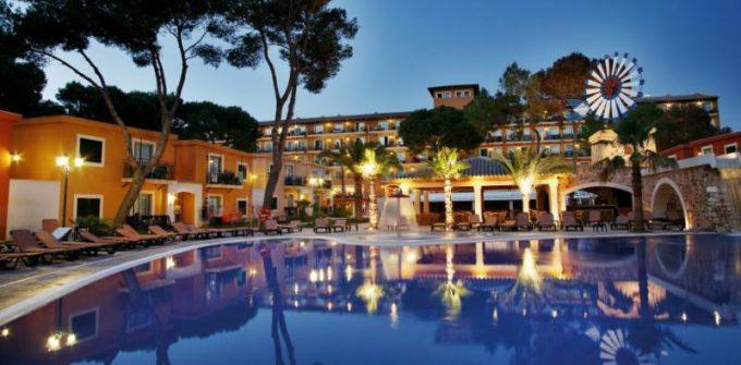 guia33-palma-de-mallorca-hosteleria-hotel-barcelo-pueblo-park-palma-24208.jpg